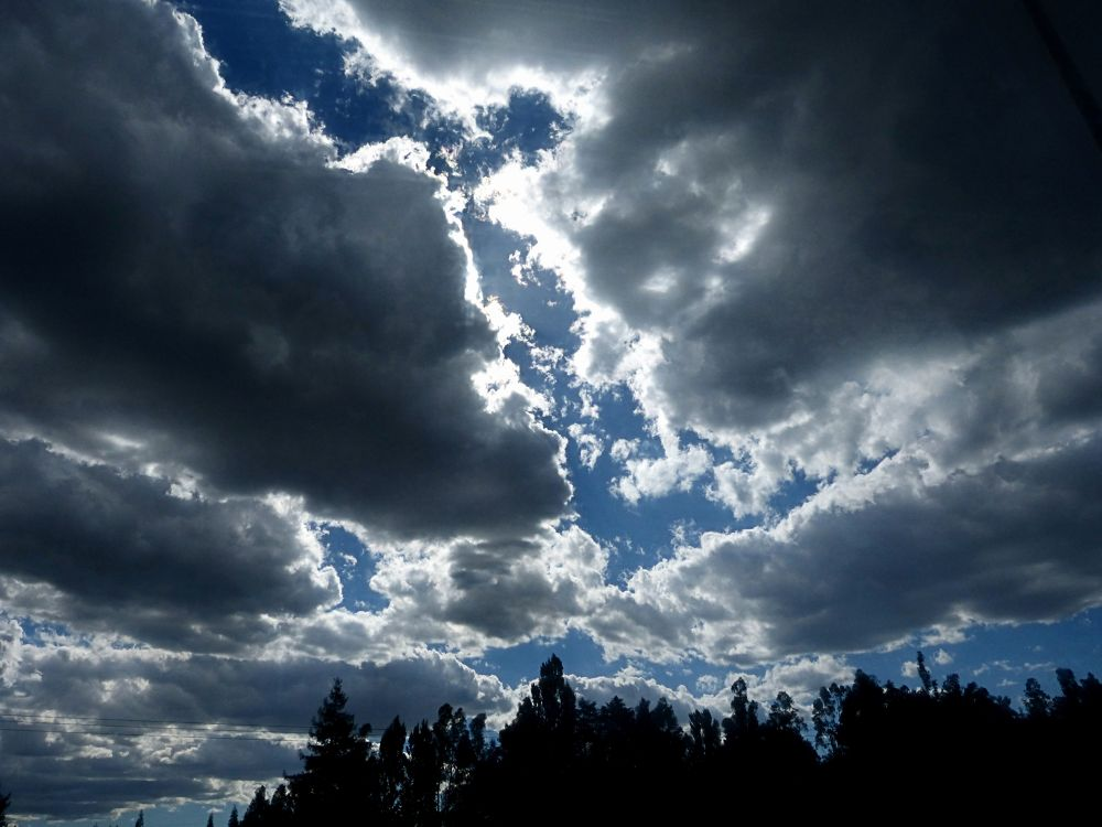 El cielo amenaza - The Storm is Coming (Temuco, Chile) by Cris Photos