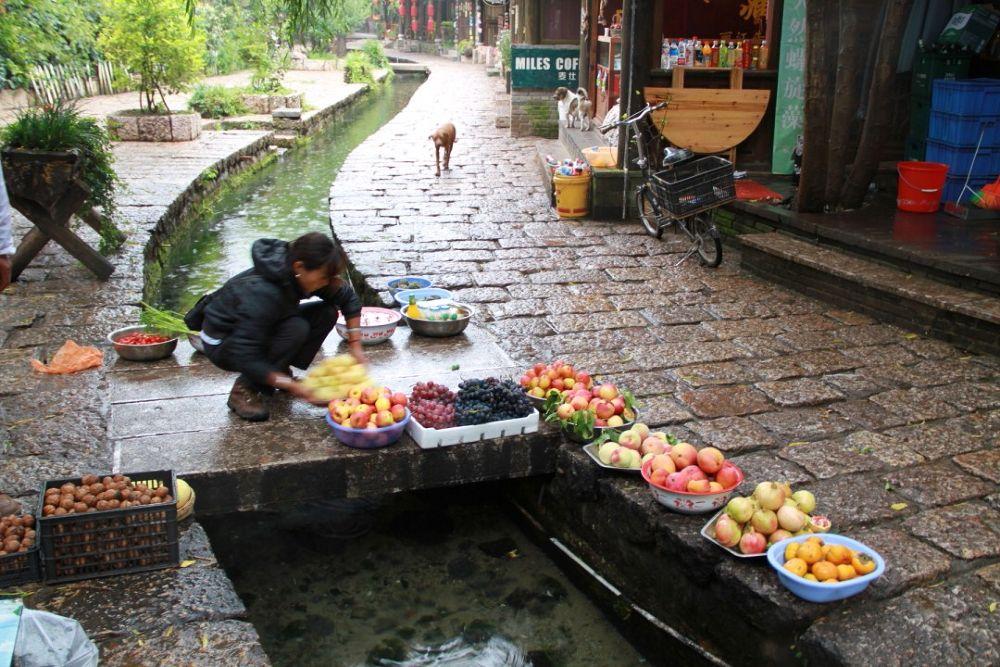 Yunnan-Shuhe-Old-Town-132 by Arie Boevé