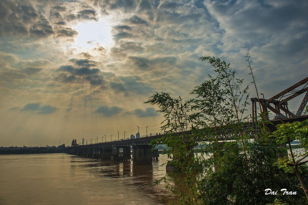 Sunny afternoon by Dai Tran