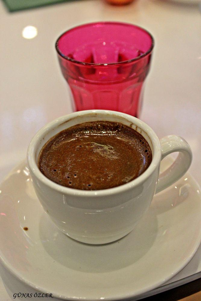 Turkish coffee by Günas Özler
