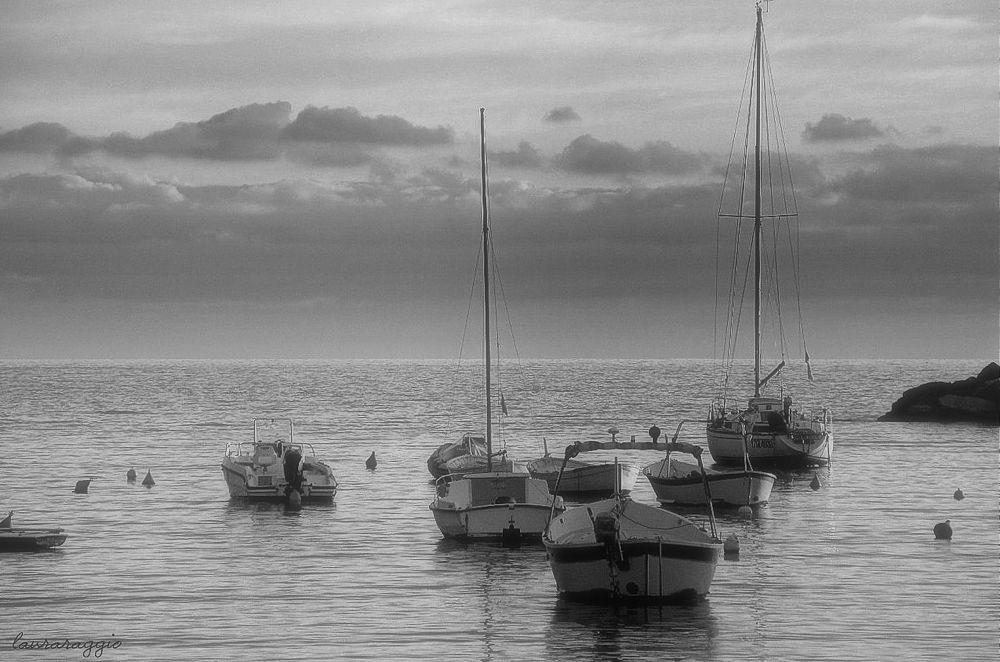 Photo in Black and White #mare   barche