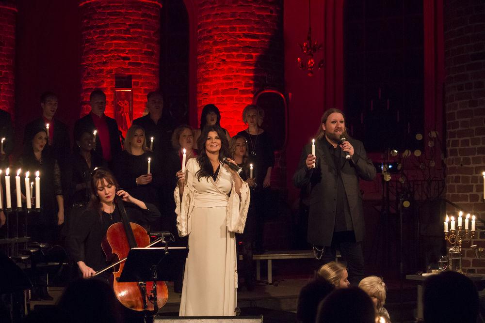 Carola Häggkvist konsert in a church before xmas 2013  pic 2 by Gunilla Andersson