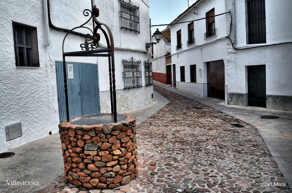 DSC_0527 Pozo en la calle. by Juan Mora Gutierrez