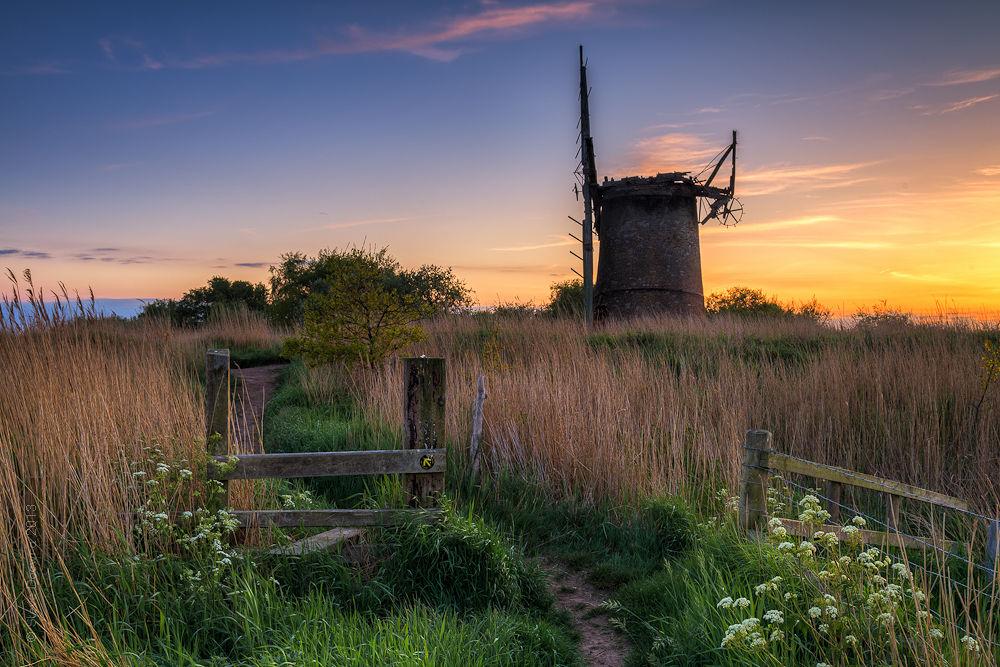 Brograve Pump, Norfolk Broads_7164.jpg by stevedocwra