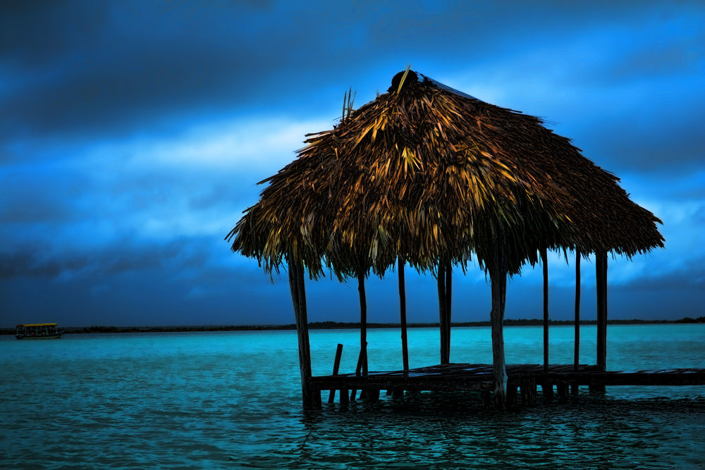 Bacalar  , Quintana Roo  , Mexico. by Fredy Peñaloza