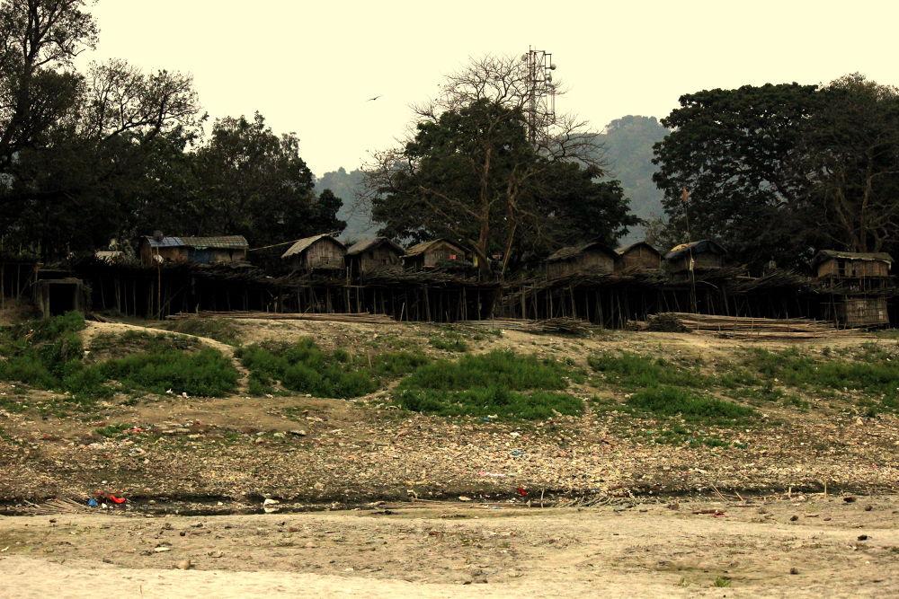 kaccha houses ! by Gaurang Goyal