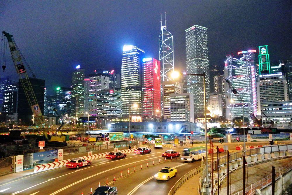 Hong Kong Night by leocary