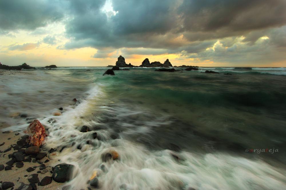 tampah-beach by arya