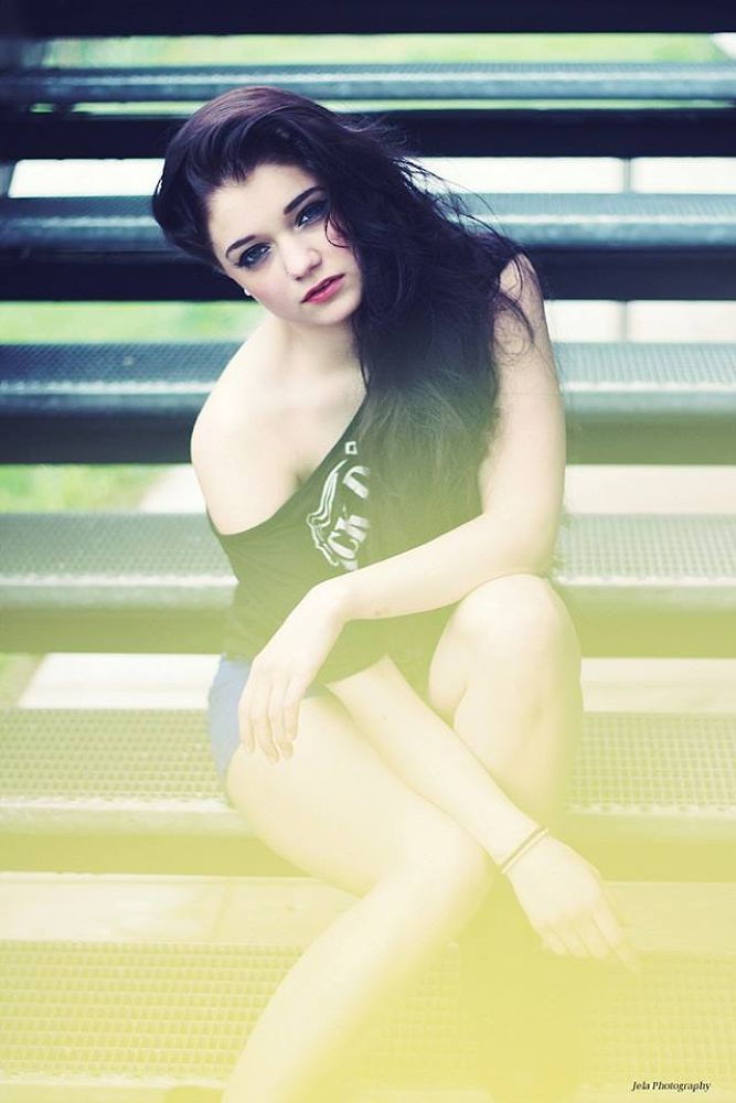 play with colour  by JeLa Photography  follow me on facebook : JeLa Photography )