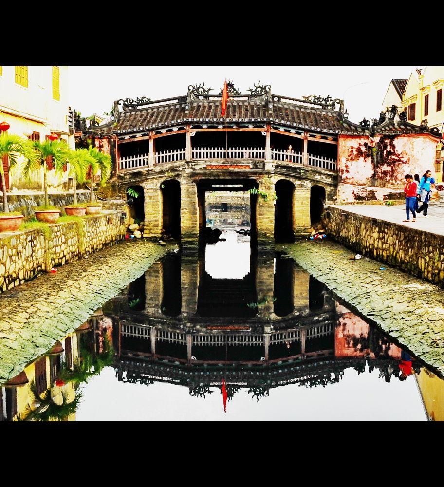 Hue Vietnam by XQMe
