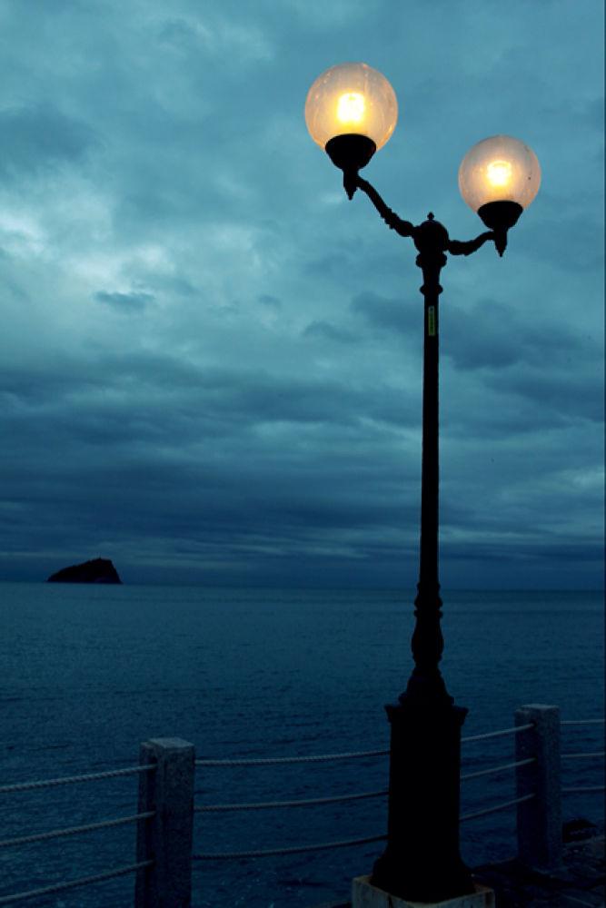 Atmosphere by bearabassini