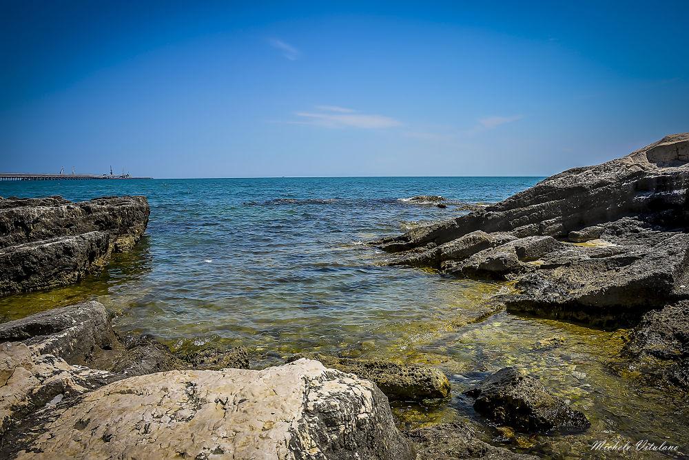 sea by Michele Vitulano