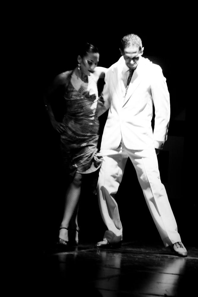 Tango III by nicoramosphotos