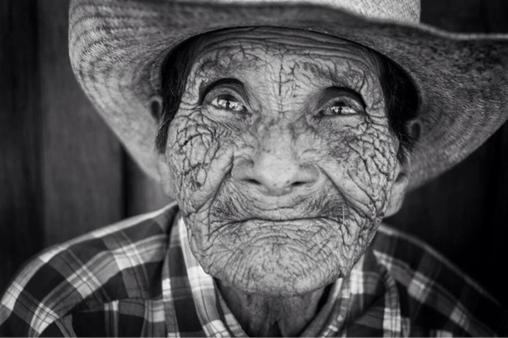 old man by Udell jimenez