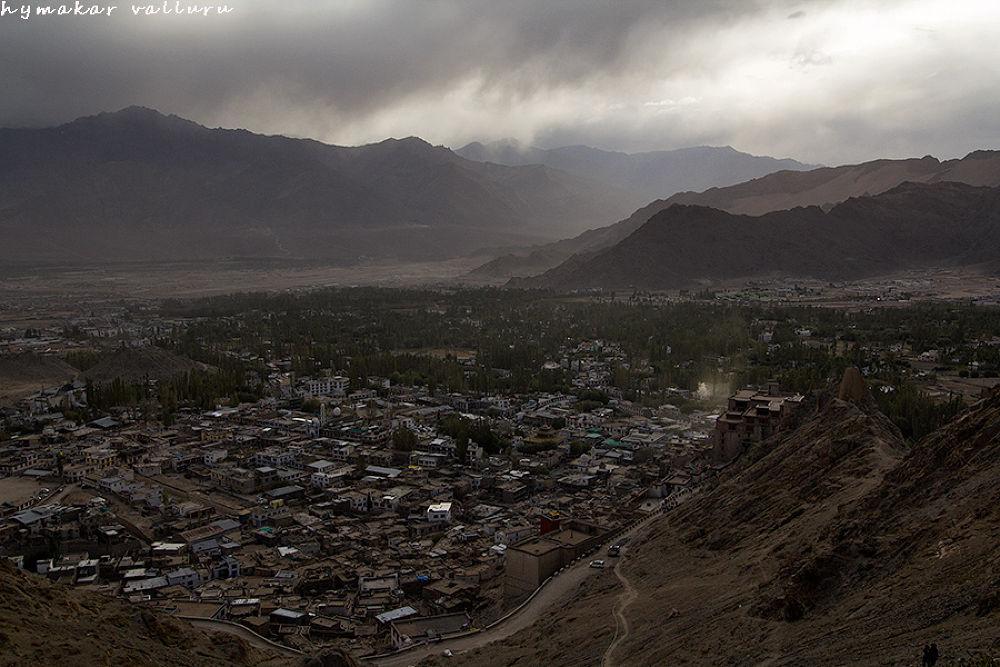 Leh-city on a cloudy day by Hymakar