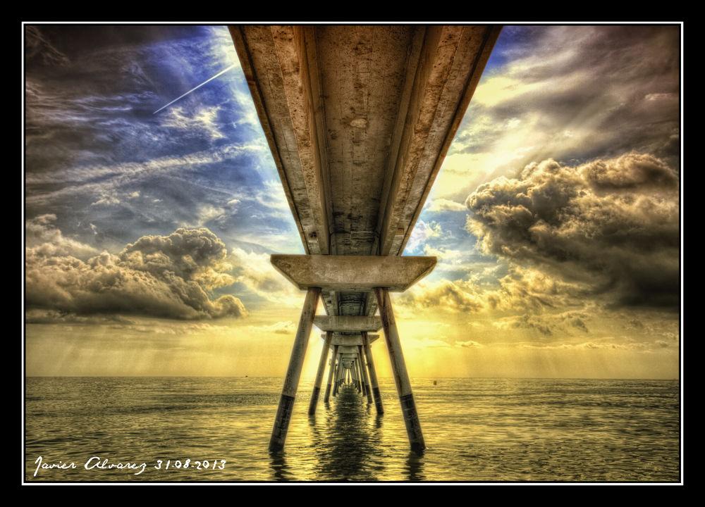 Badalona - Pont del Petroli by Javier Alvarez