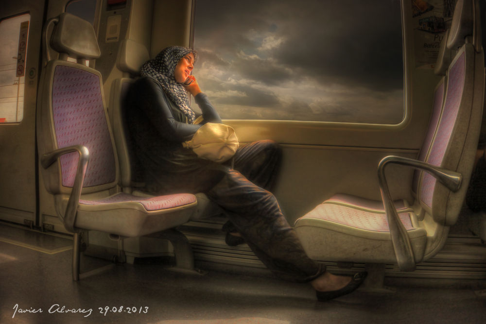 tren a Barcelona  by Javier Alvarez