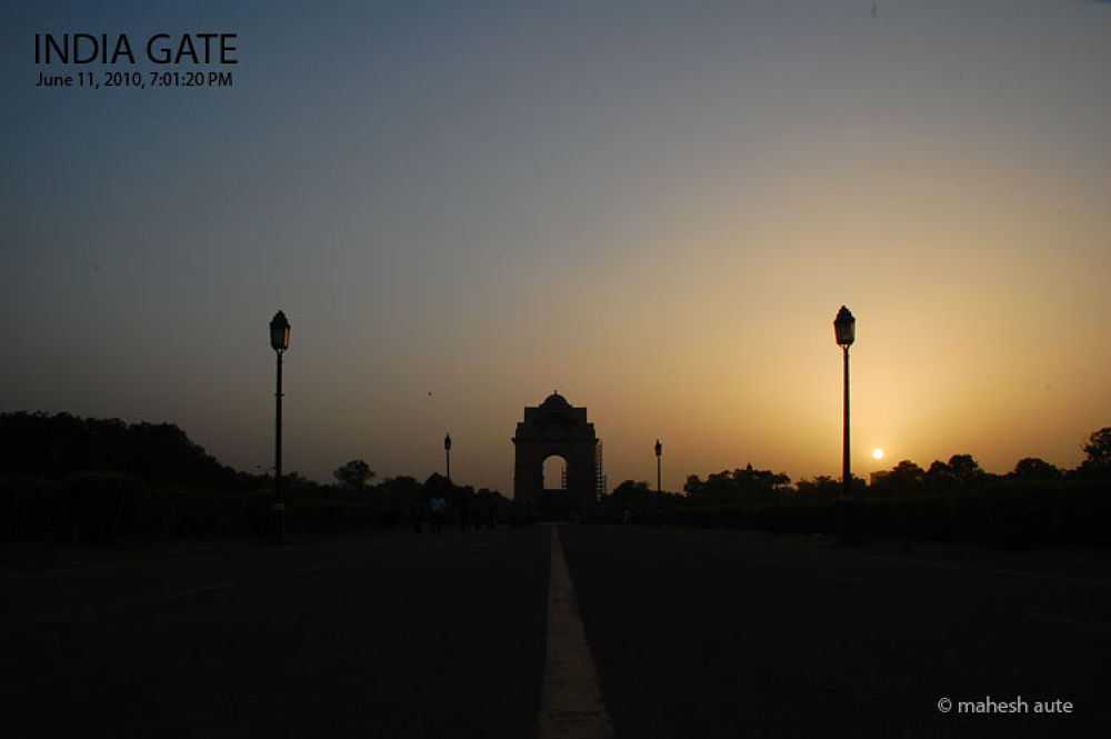 India Gate - 2.jpg by maheshaute
