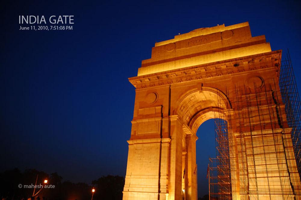 India Gate - 8.jpg by maheshaute