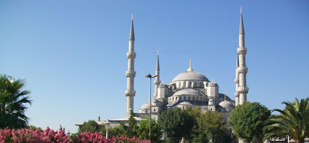 Ayasofya (Ἁγία Σοφία), Istanbul Turkey  by bijonse