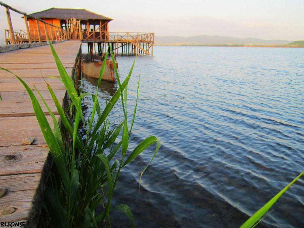 Doiran lake , Macedonia by bijonse