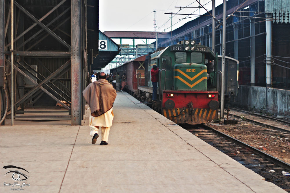 Karachi Express by Mohsin Jilani