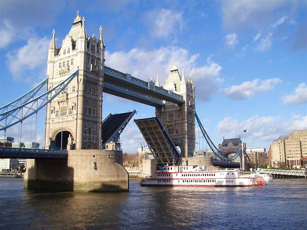 20080524160227_london bridge by isak