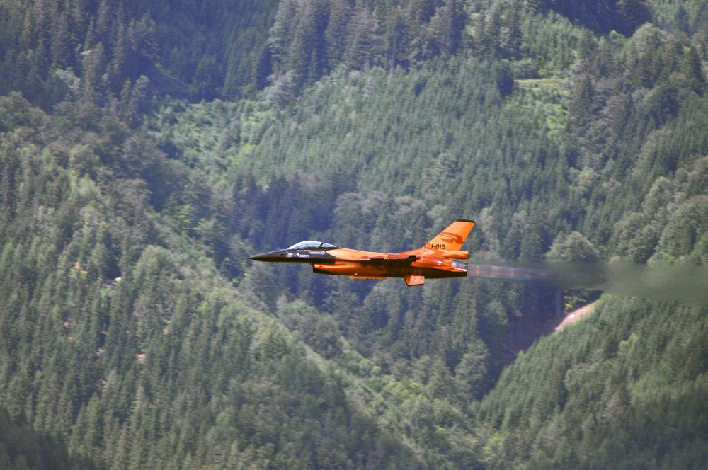 F-16 AM FIGHTING FALCON by Lovi