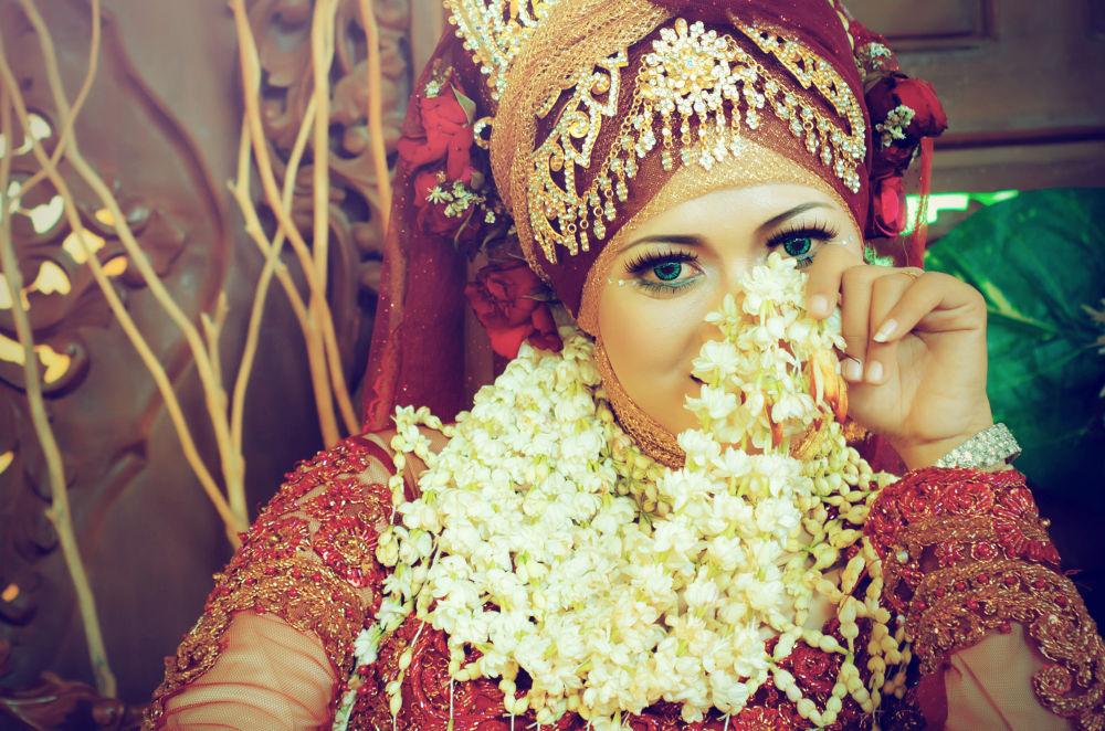 Wedding portrait by Hendrawan Nc