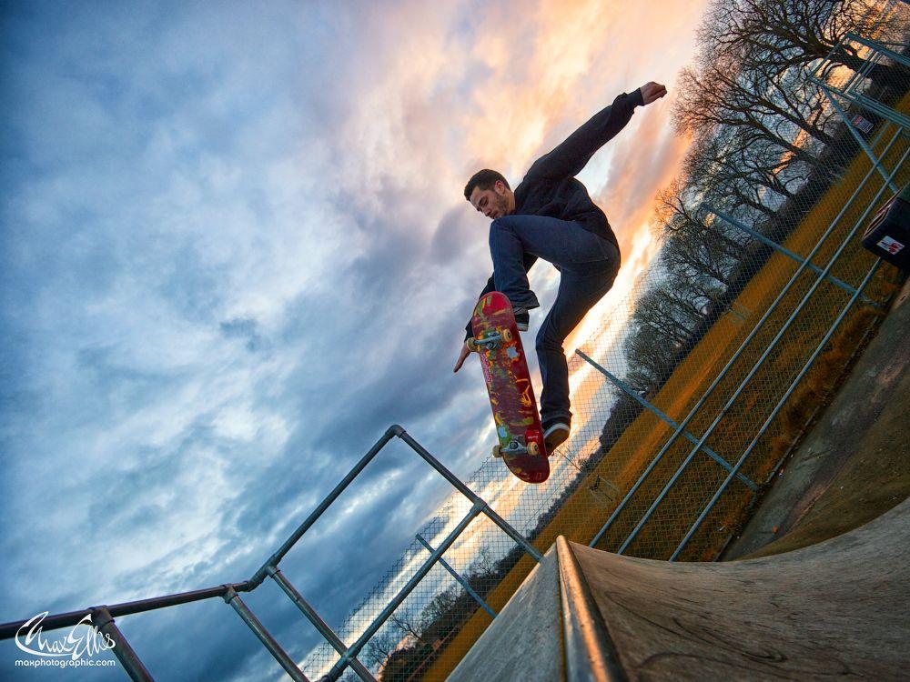 skater by Max Ellis