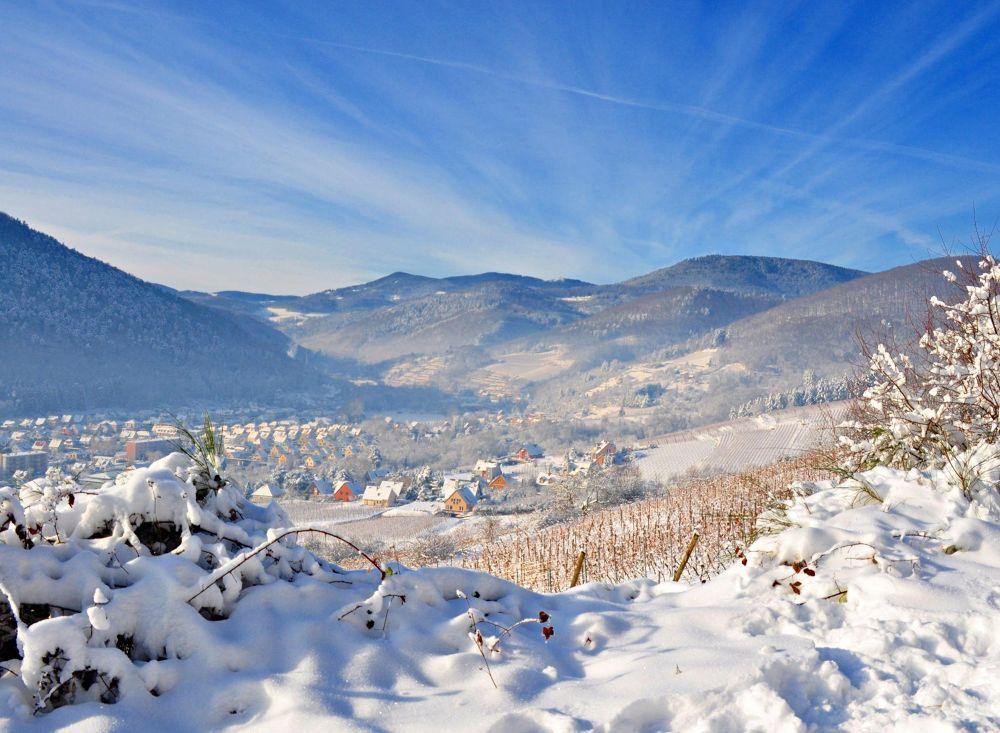 Winter in Kaysersberg, Alsace by midgardson