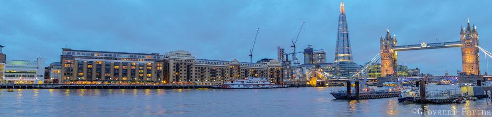 Thames Pano2 by Giovanni Farina