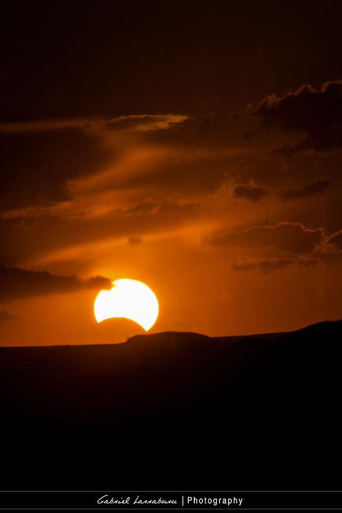 Eclipse 13 de Nov 2012 desde San Rafael Mendoza Argentina.  by Gabriel_larraburu