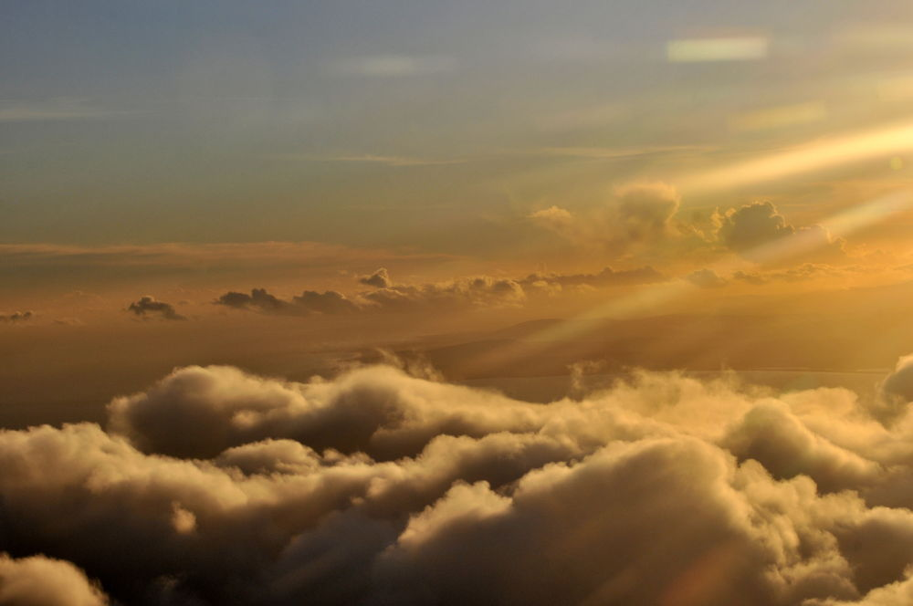 Sunset in the sky by galvas