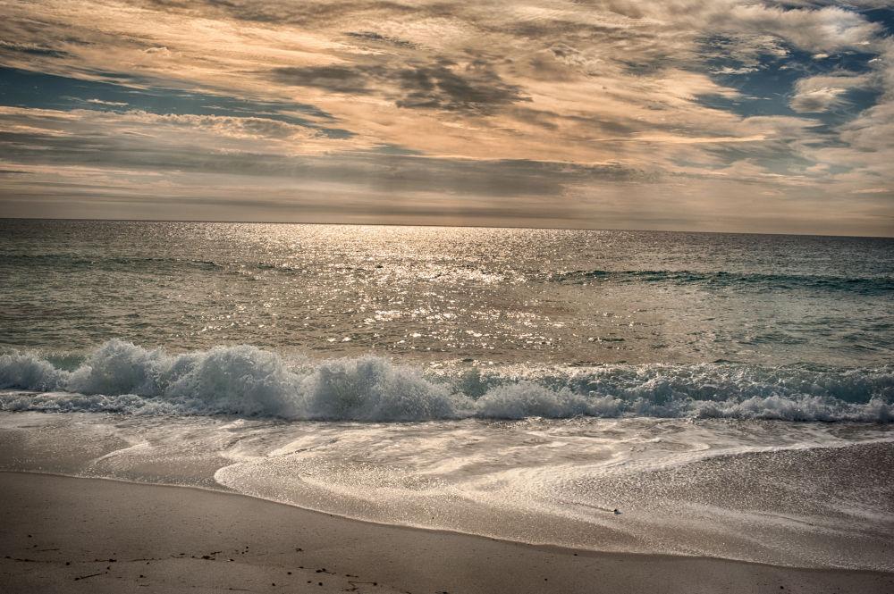 Sunrise.jpg by tcbenneyworth