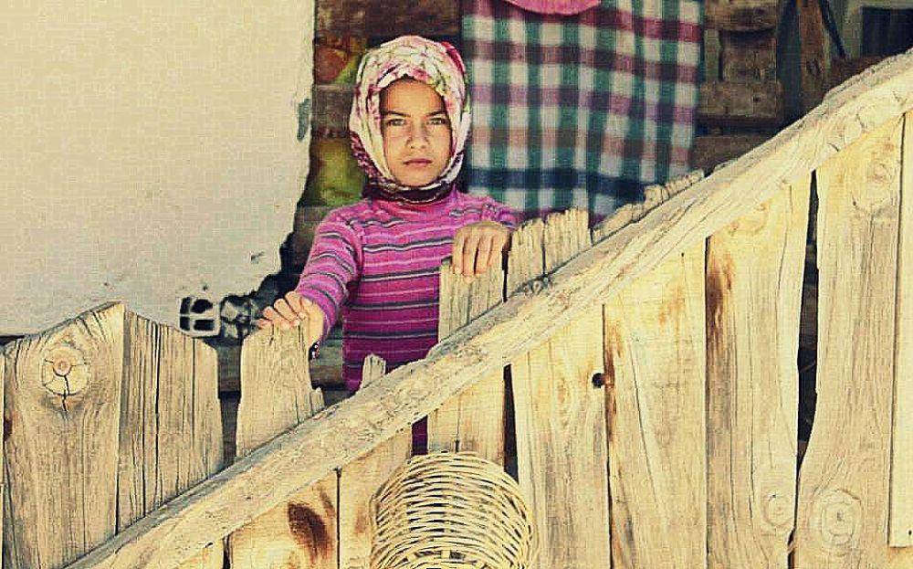 Little Girl  by Ayberk SOYLU