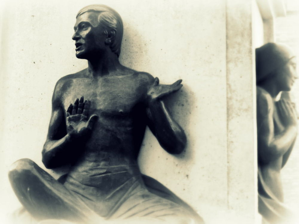 IMG_5262 estatuas de zaragoza by angelgarcia