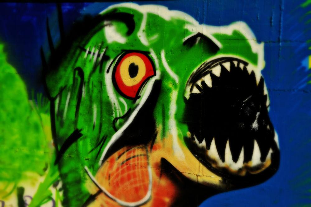 _DSC0035 grafitis en alfajarin zaragoza by angelgarcia