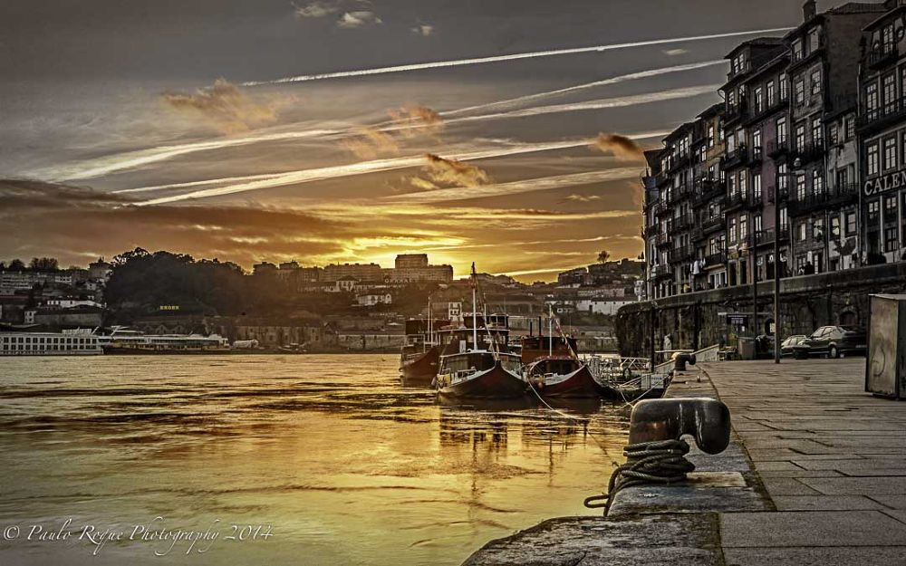 Ribeira do Douro (Porto) by OnRock Photography