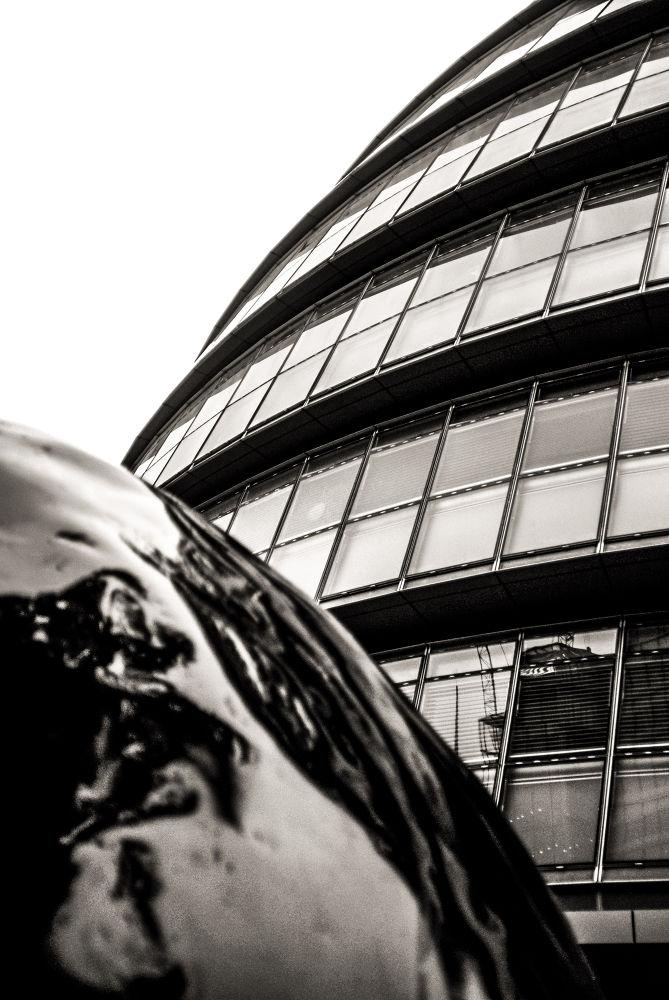 London by Nicos Anastasiou
