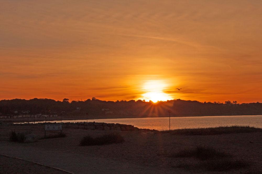 Sunrise at Mudeford. by simon