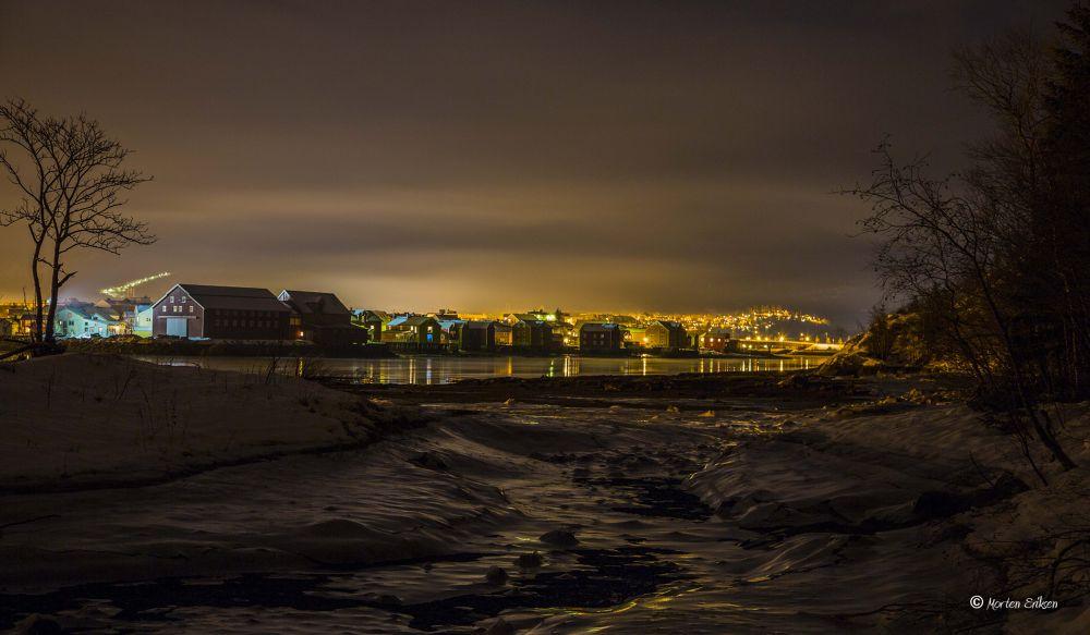 Marsøra - Night. by Morten Eriksen