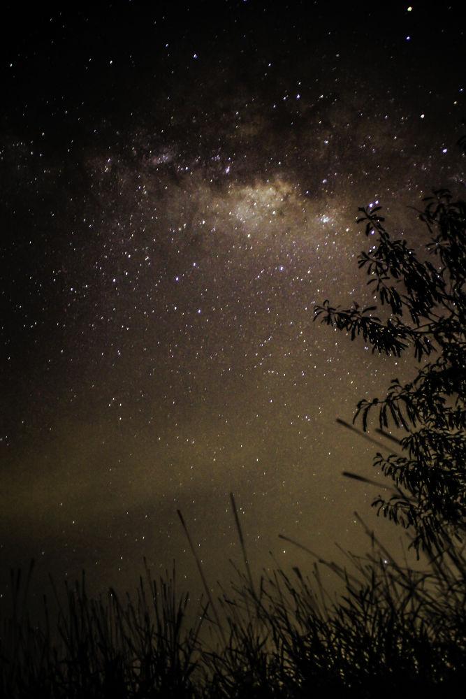 Milky way.. by Daimasara Pimpilemba
