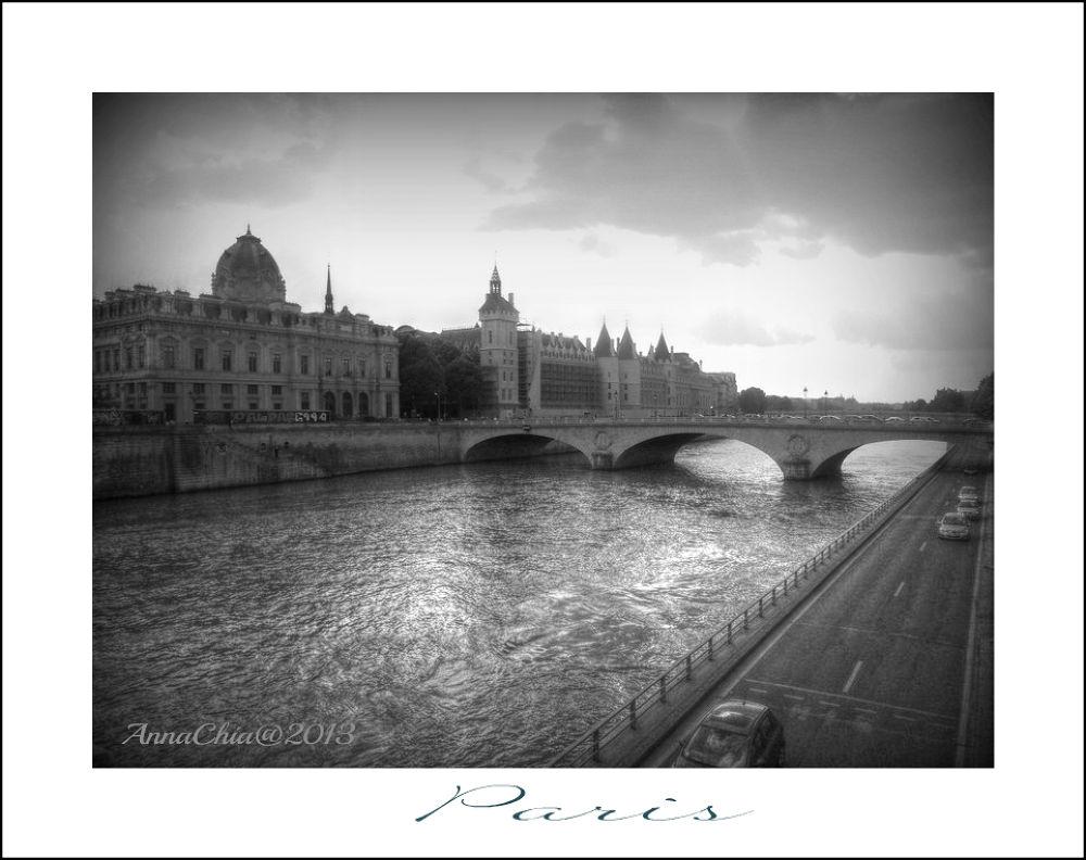 Seine by Anna Chiariello