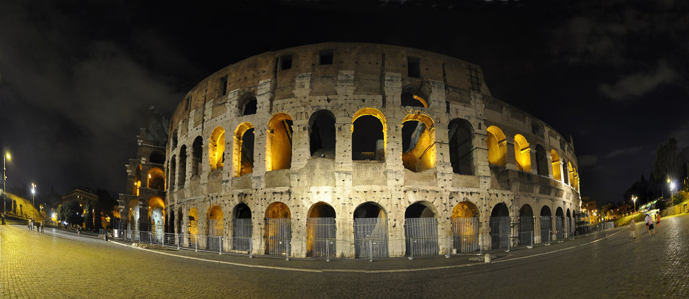 The Coliseum in Rome by ygokce