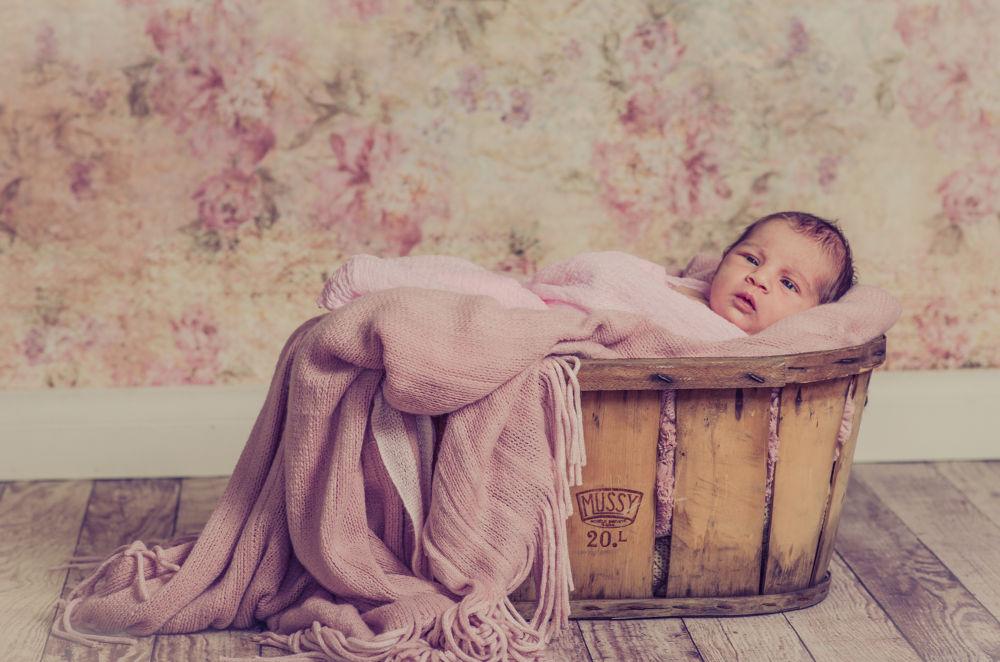 Vintage Baby - Penrith - by Brad N Sky Thomson
