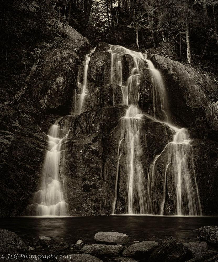 Peaceful by Jim Gasco