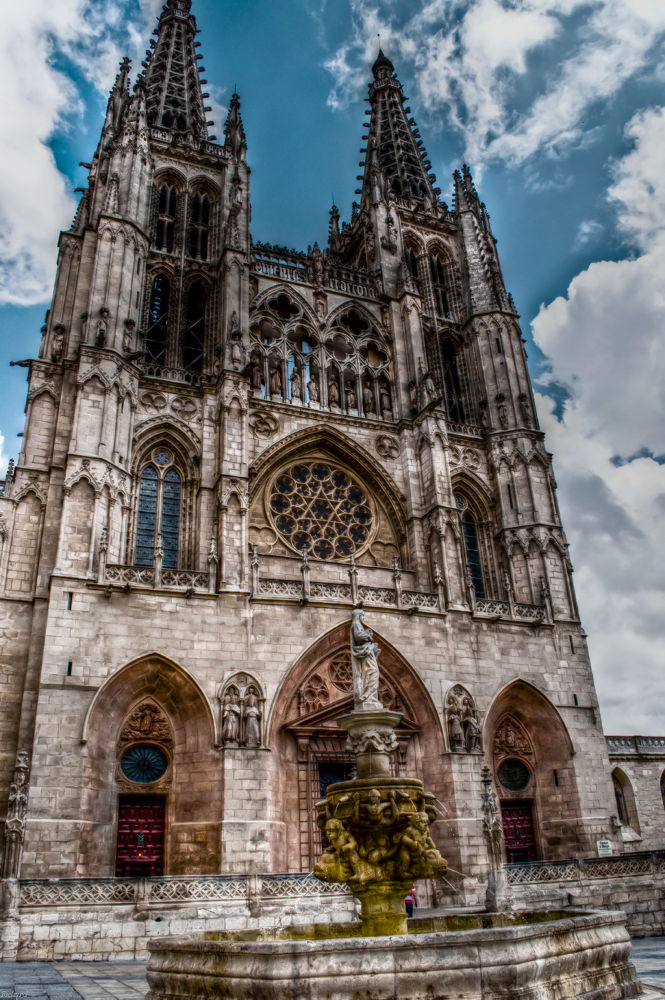 01 Burgos I by Richard Thiel Sartawsky