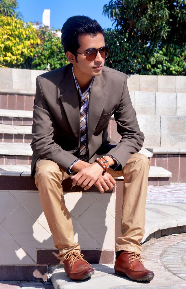 Me <3 by Adnan Shahzad