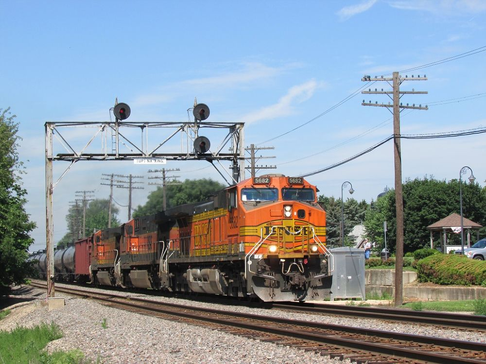 BNSF Train and Signals  by Evan A.